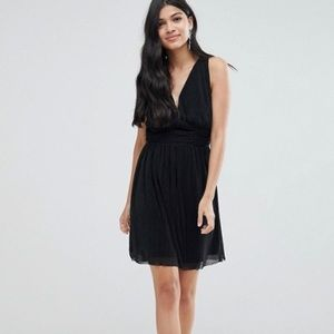 Jacob jet black 100% silk dress beautiful details